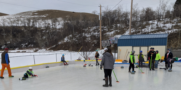 LaMotte School Learn to Curl